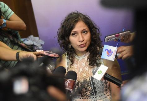 La ministra Campero después de inaugurar el curso de especialidad en ultrasonografía en Cochabamba. Foto: Ministerio de Salud