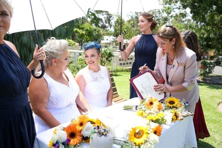 La boda de Lauren y Amy estuvo seguida por la de Elise y Amy poco después, y este domingo se esperaba que Anne Sedgwick y Lyn Hawkins (Getty)