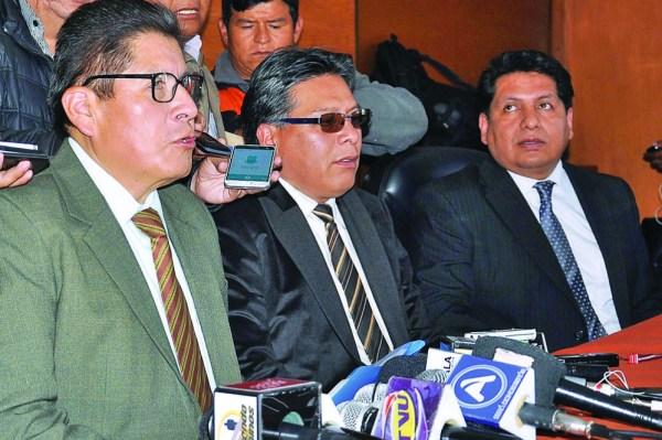 """Tribunos dejan fallo del TIPNIS en la """"congeladora"""" por receso"""