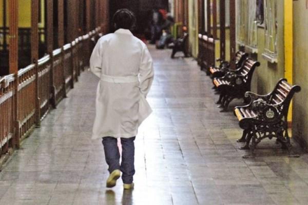 Defensor decide retirar segunda acción popular en contra del paro médico