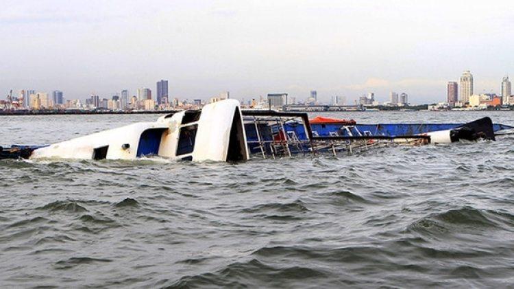 Los accidentes marítimos son frecuentes en filipinas. En la foto un naufragio anterior (Reuters)