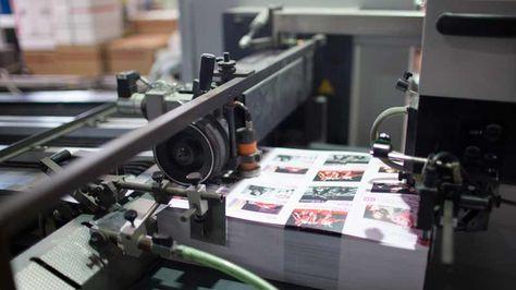 Fotografía referencial de una imprenta