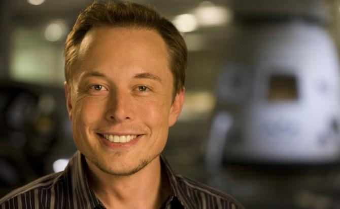 La nueva promesa de Elon Musk: hacer una camioneta pickup eléctrica