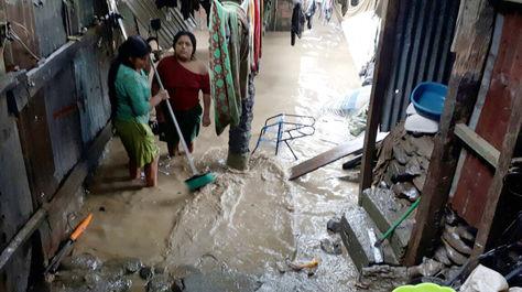La inundación en Chima, en el municipio de Tipuani, alcanzó a varias viviendas.