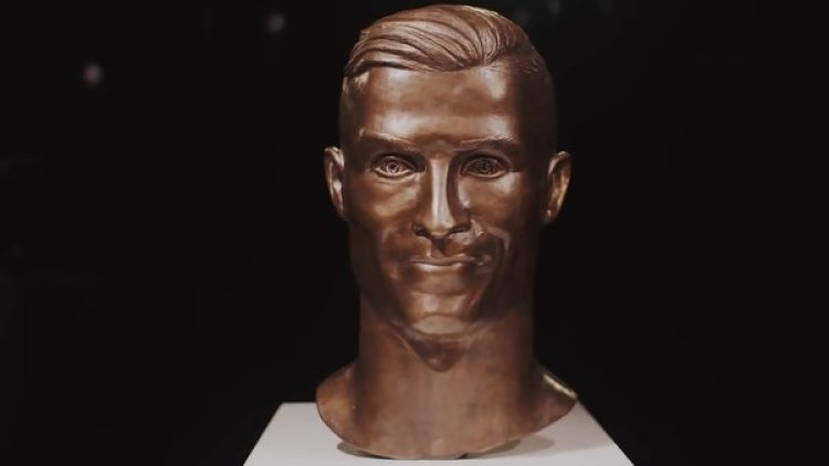 Así quedó la nueva escultura