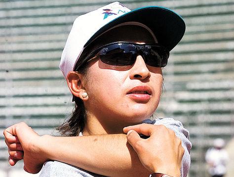 Geovana Irusta cuando entrenaba en el estadio Hernando Siles. Hoy desde el retiro saca la cara por los deportistas. Foto: Archivo