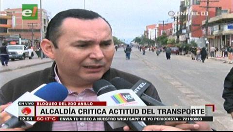 Alcaldía cruceña critica al transporte por no tener propuestas para pasar por La Ramada