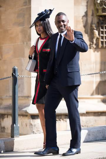El actor Idris Elba y la modelo Sabrina Dhowre en la boda de los duques de Sussex.