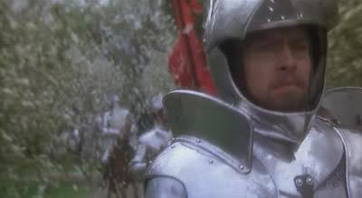 Arturo cabalga de nuevo al frente de sus hombres mientras el país florece