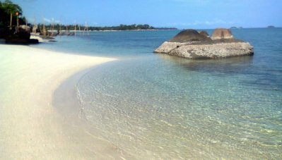 One Day Tour Hopping Island at Belitung - 1001malam.com
