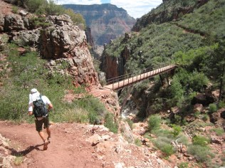 Michael runs through the switchbacks between Supai Tunnel and the Bridge.