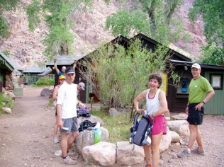 6:30 am and we're already at Phantom Ranch (13 miles and -4800')