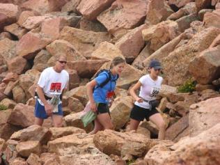 Roger, Marella, and an uncooperative white-bib, near the finish.