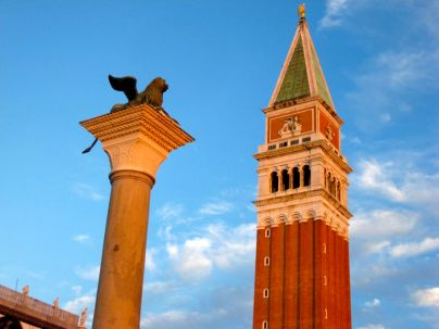 Early morning or late night are the best times to see Piazza San Marco. Here are the Lion of St. Mark (symbol of the city) and the Campanille San Marco (best view of the city)