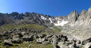 The little-seen north face of North Arapaho. Which one of these is the actual summit?