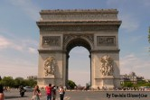 El icónico Arco del Triunfo.