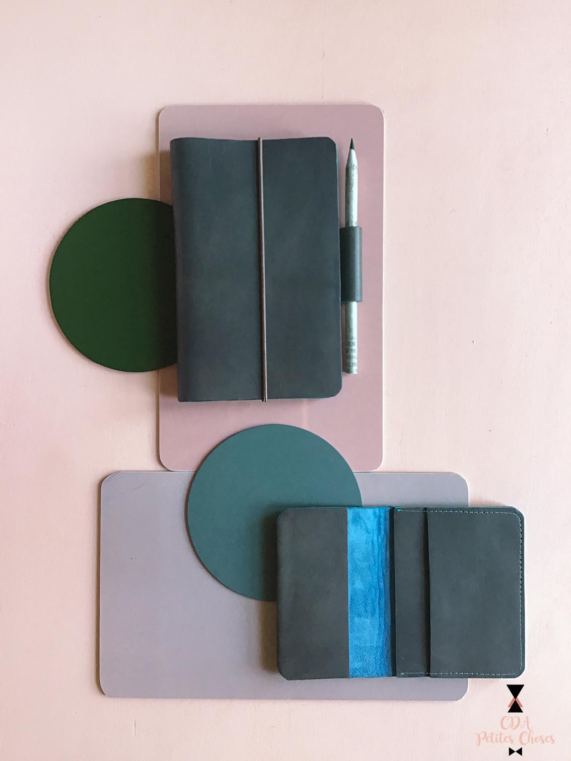 protege-carnet-en cuir gris CDA Petites Choses