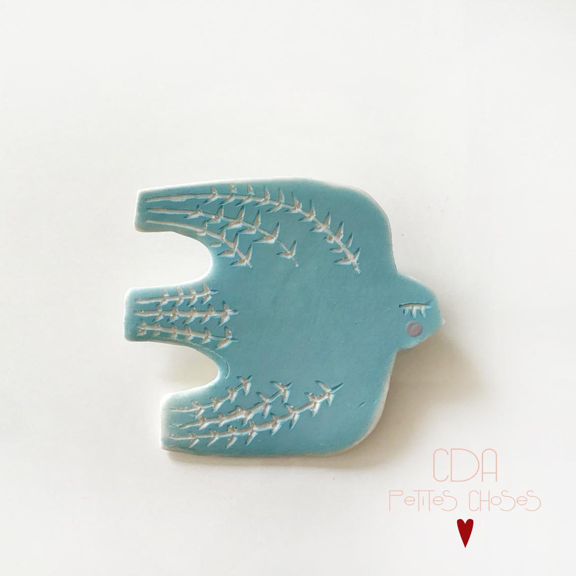 Broche en porcelaine oiseau turquoise CDA Petites Choses