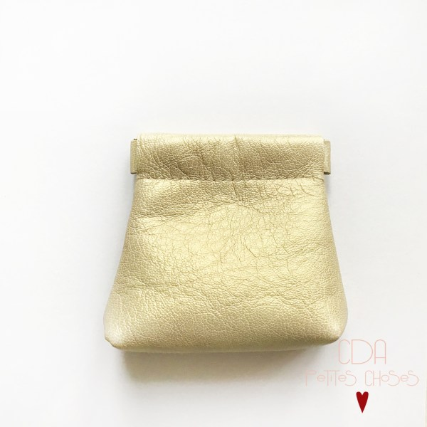 Porte-monnaie clic clac en cuir irrisé champagne doré CDA petites Choses