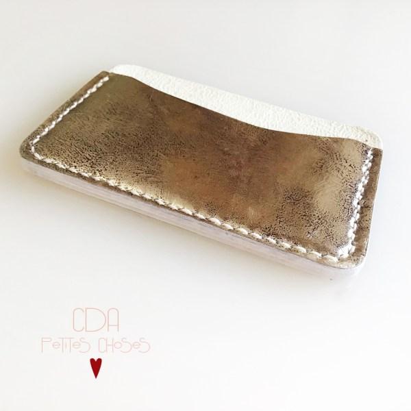 Porte carte en cuir lisse argent patine CDA Petites Choses