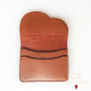 porte-carte-à rabat forme nuage-en cuir ecureuil-CDA Petites Choses