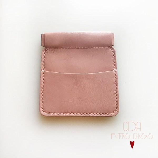 porte-monnaie-clic-clac-en cuir vieux-rose-CDA Petites Choses