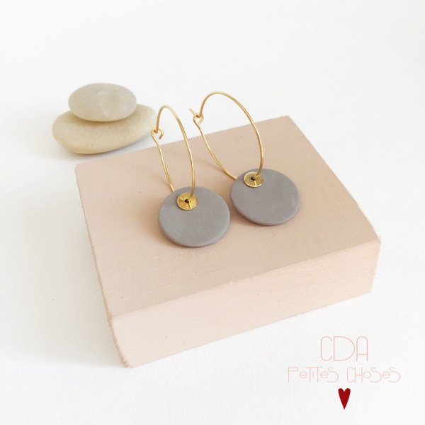 boucles-d-oreilles-creoles-porcelaine-galet CDA Petites choses