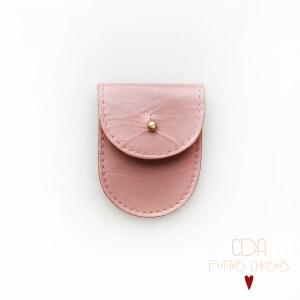 mini-pochette-en-cuir-vieux-rose-1 CDA Petites Choses