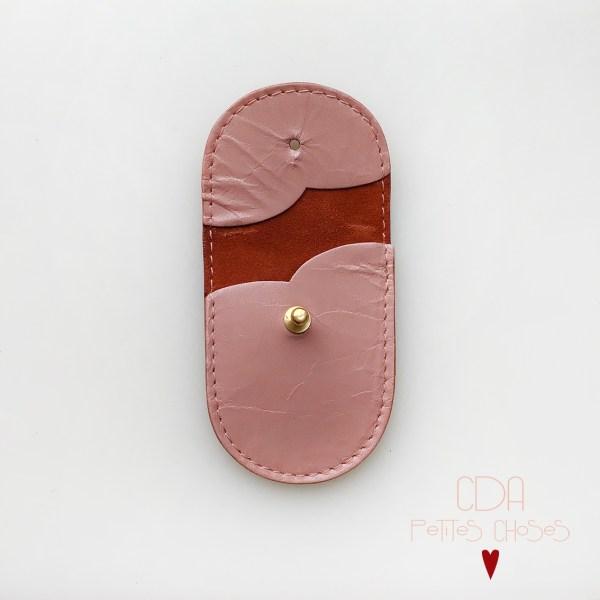mini-pochette-en-cuir-vieux-rose-2 CDA Petites Choses