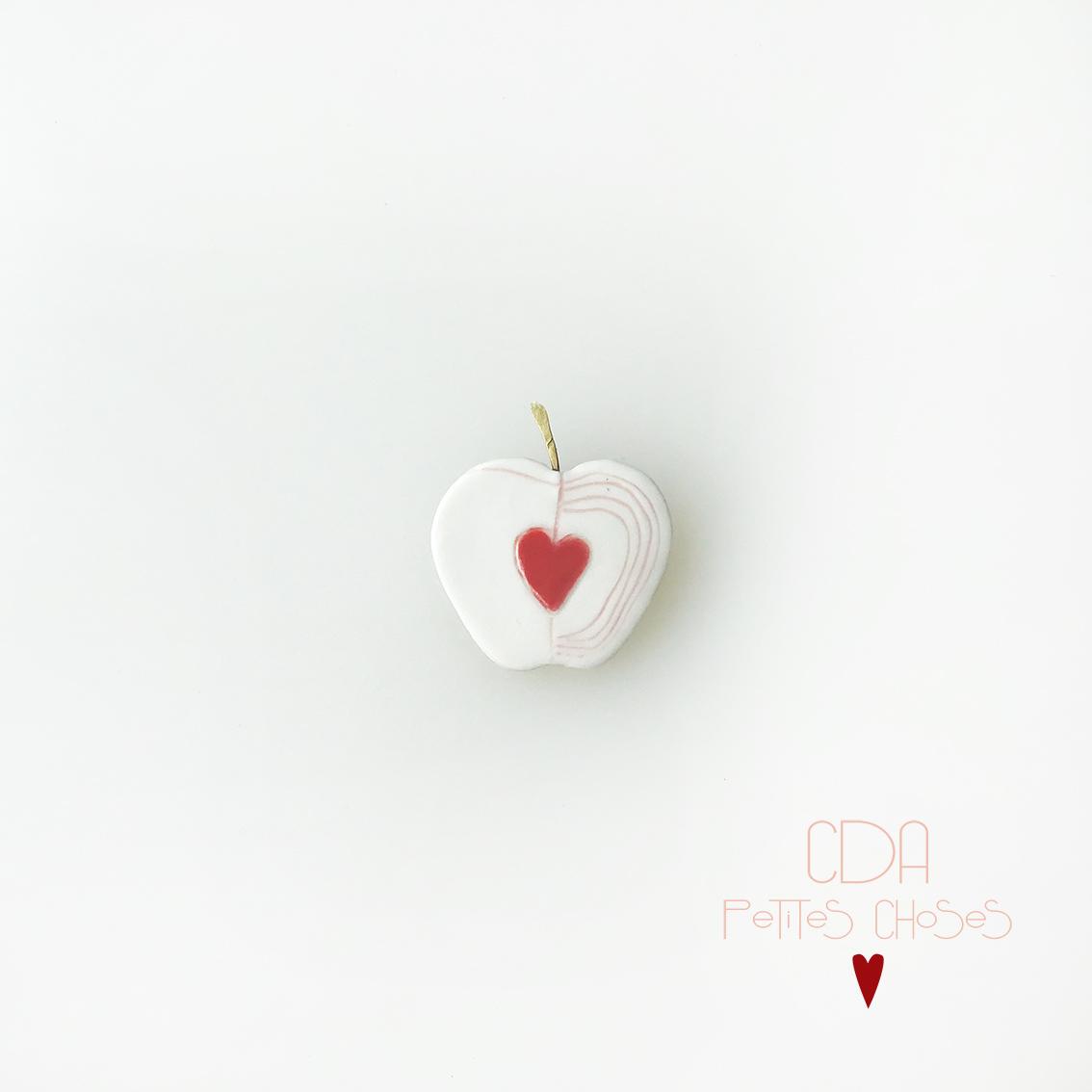 broche-en-porcelaine-pomme-d-amour CDA Petites Choses