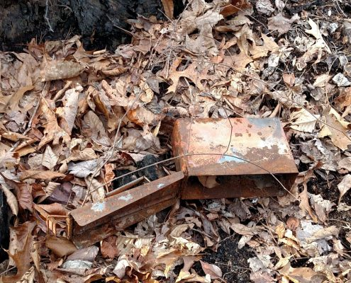 Damaged Container, replace a geocache
