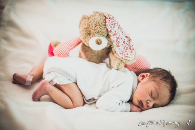 Photographies de maternité et de paternité - Lily et son doudou