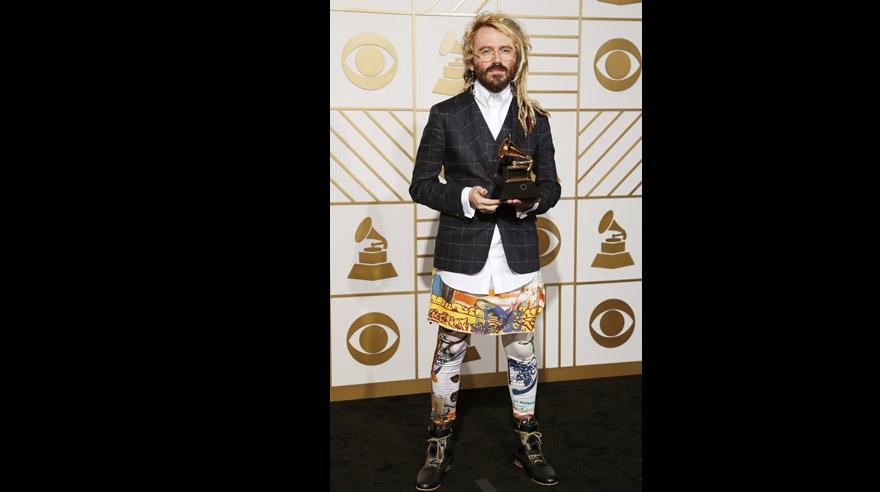 Grammy 2016: Los Looks Más Extraños En La Alfombra Roja
