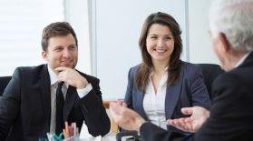 Algunos gerentes se apresuran en decir lo que se debe hacer, pero eso no significa que sean grandes líderes.