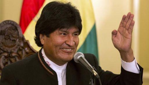 Evo Morales dijo que la reunión con PPK será el 4 de noviembre en Sucre.
