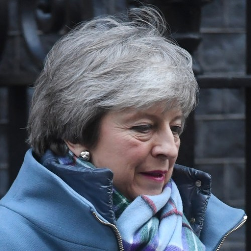 May to visit Northern Ireland to calm fears about hard border after Brexit