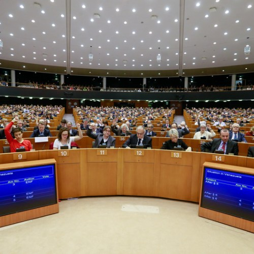 Anti-EU parties on course to win a third of European Parliament election seats – ECFR
