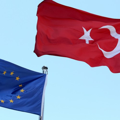 EU Parliament calls for suspension of Turkey's membership talks