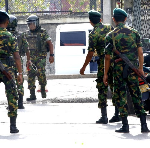 Controlled explosion by police in the Sri Lankan capital causes panic