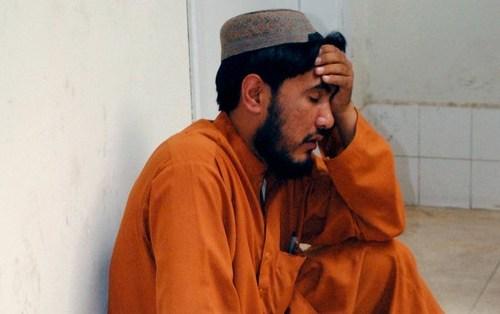 14 bus passengers shot dead in Pakistan