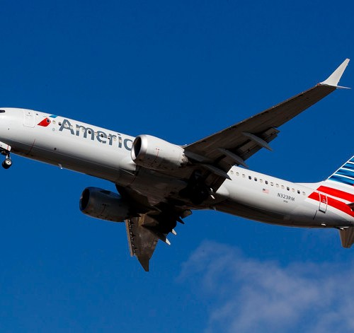 American Airlines extends 737 MAX cancellations