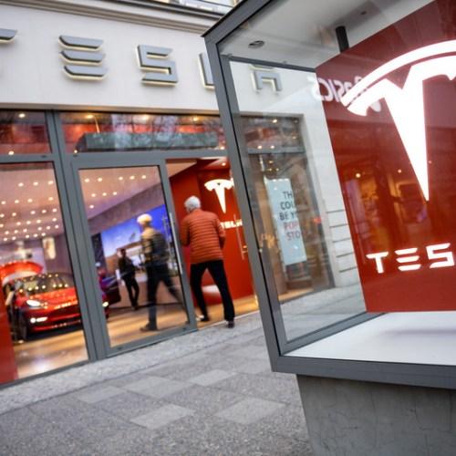 Tesla investigating exploding parked car incident in China