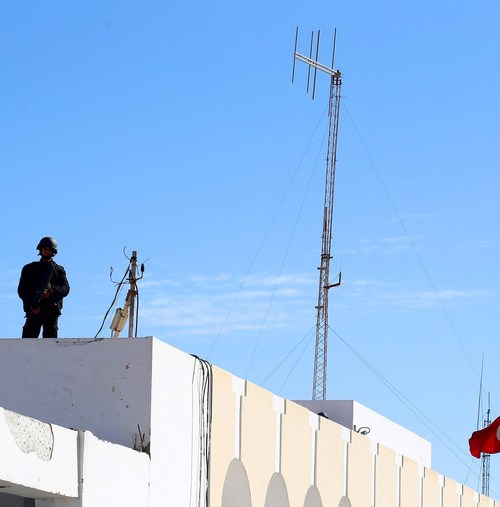Tunisian president says border with Libya to reopen on Friday