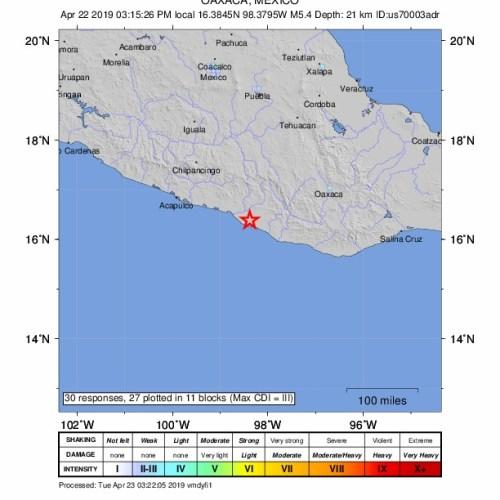 Moderate earthquake shakes Mexico City