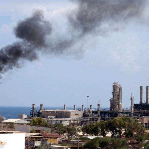 Instability could lead to 95% oil production loss in Libya