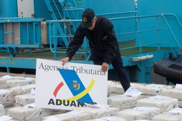 Spanish Tributary Agency seizes 2.500 kilograms of cocaine on board a Spanish boat