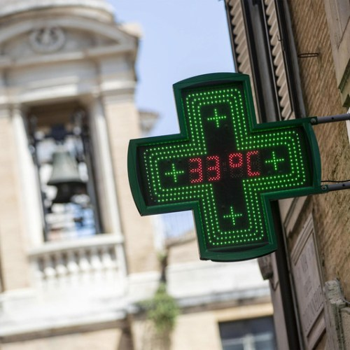 Italian Health Ministry issues heat alert for 6 cities, for 16 on Friday