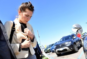 Amanda Knox arrives in Milan