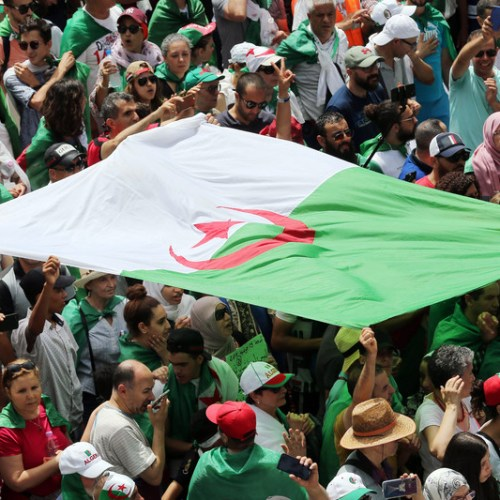 Algeria: Man tries to set himself on fire amid protests pushing for reforms