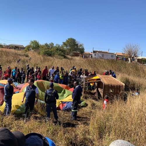 Hot-Air Balloon crash-lands in Pretoria, South Africa